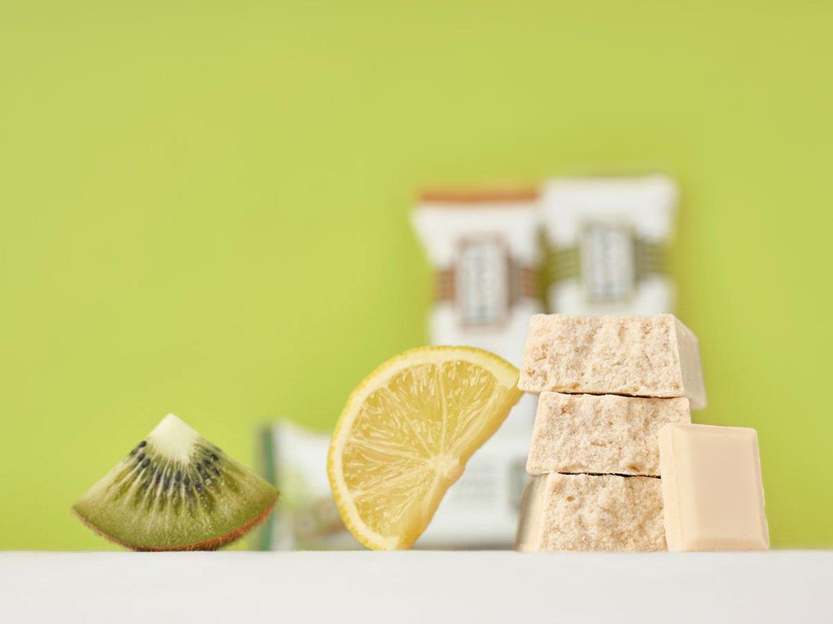prolive barretta proteica cioccolato bianco kiwi limone