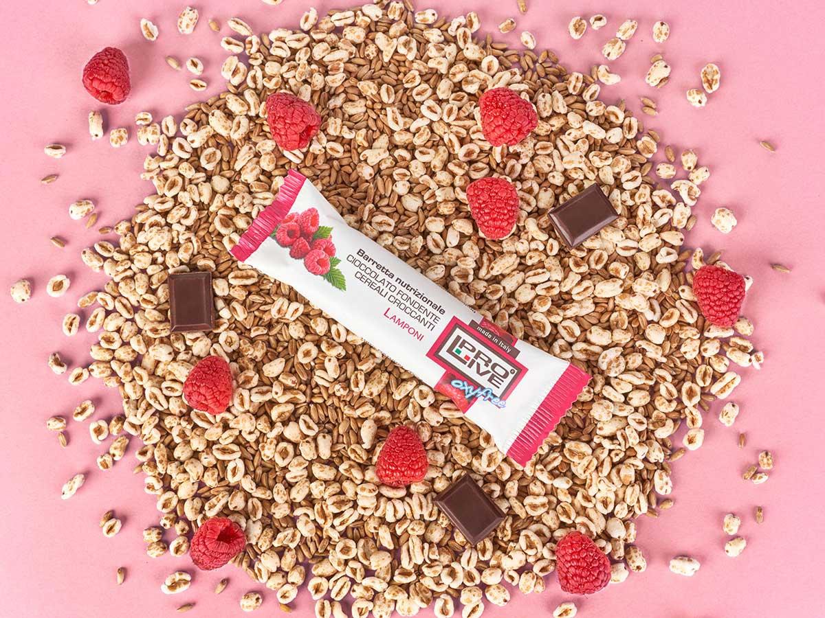 Prolive Oxyfree barretta snack cioccolato fondente lamponi