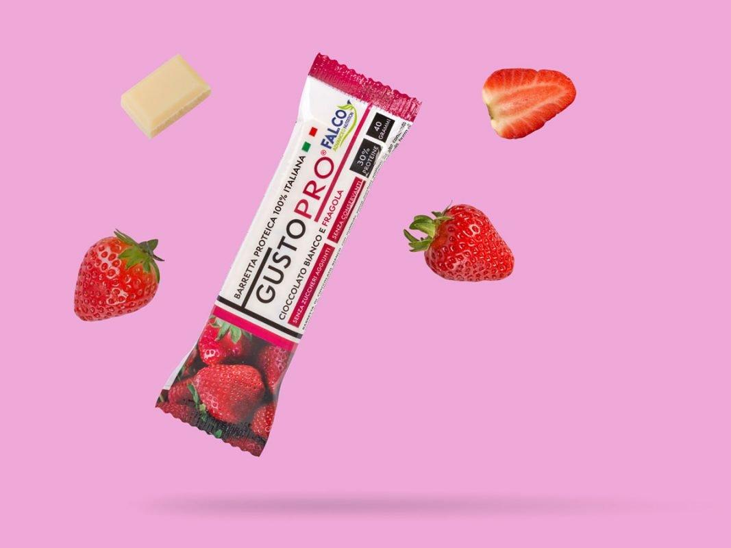 Gusto Pro Barretta Proteica cioccolato bianco e fragola