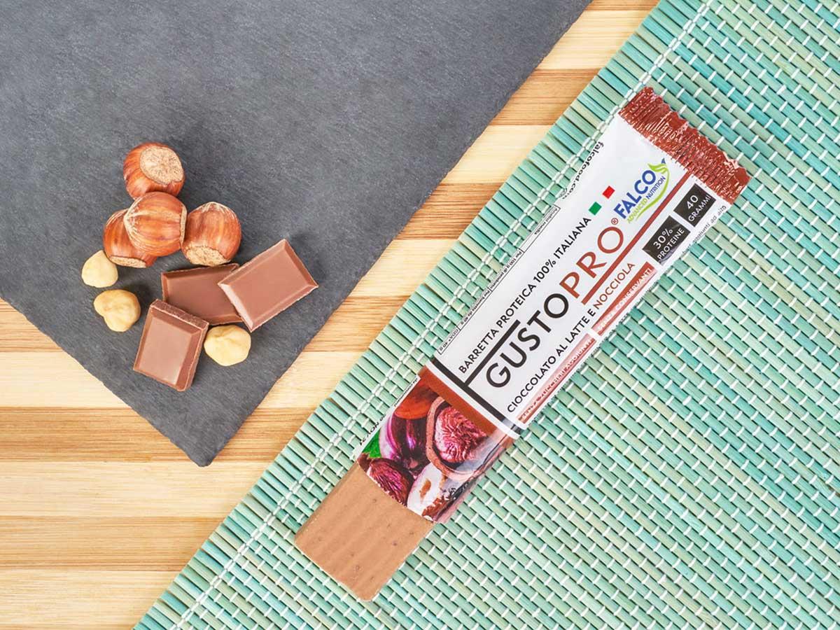 Gusto Pro Barretta Proteica cioccolato al maltitolo gusto nocciola